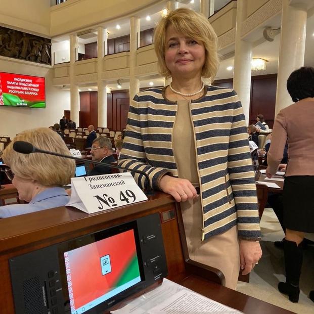 Начало работы в Парламенте